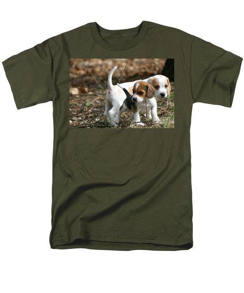 Exploring Beagle Pups Men's T-Shirt  (Regular Fit)
