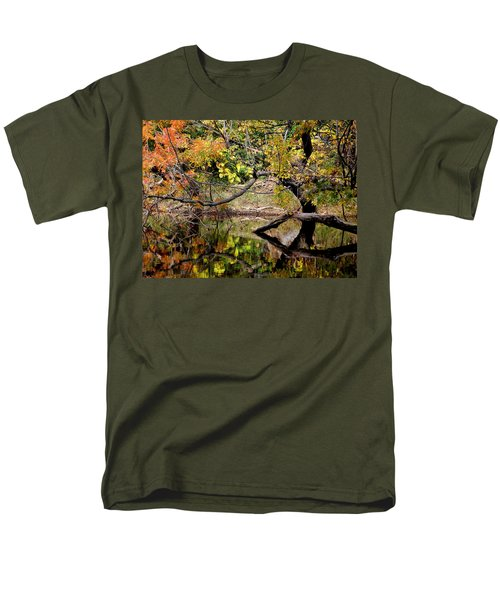 Fall From The Water Men's T-Shirt  (Regular Fit)