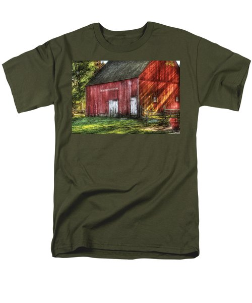 Farm - Barn - The Old Red Barn Men's T-Shirt  (Regular Fit) by Mike Savad
