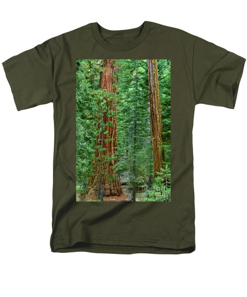 Giant Sequoias Sequoiadendron Gigantium Yosemite Np Ca Men's T-Shirt  (Regular Fit) by Dave Welling