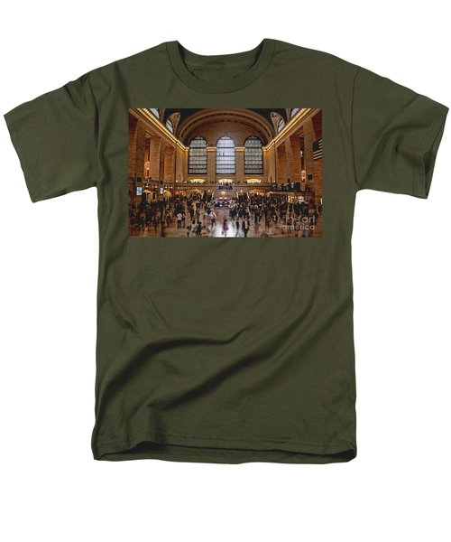 Grand Central Men's T-Shirt  (Regular Fit) by Andrew Paranavitana