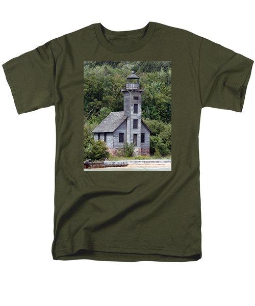 Grand Island East Channel Lighthouse Men's T-Shirt  (Regular Fit)