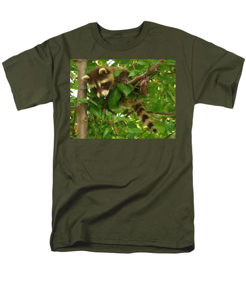 Men's T-Shirt  (Regular Fit) featuring the photograph Hang In There by James Peterson
