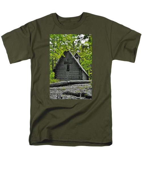 Hartwick Pines Chapel Bwg Men's T-Shirt  (Regular Fit) by Daniel Thompson