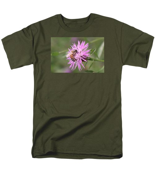 Honeybee On Ironweed Men's T-Shirt  (Regular Fit) by Lucinda VanVleck