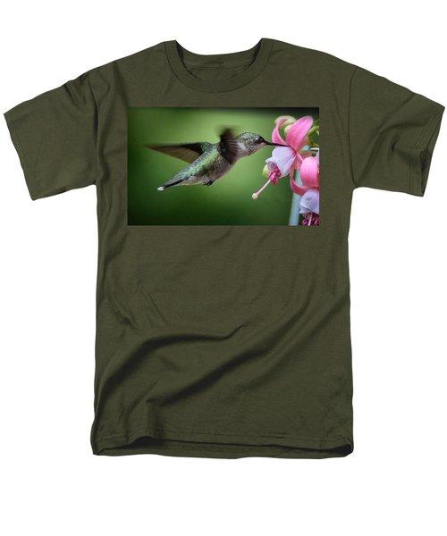 Hummingbird Carbs Men's T-Shirt  (Regular Fit) by Amy Porter