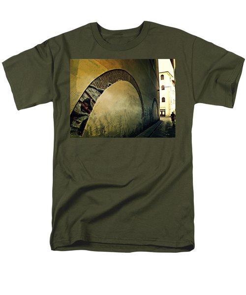 Il Muro  Men's T-Shirt  (Regular Fit)