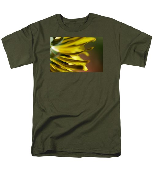 Men's T-Shirt  (Regular Fit) featuring the photograph Just Dandy by Wendy Wilton