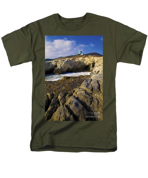 Lifeguard Tower On The Edge Of A Cliff Men's T-Shirt  (Regular Fit) by David Millenheft