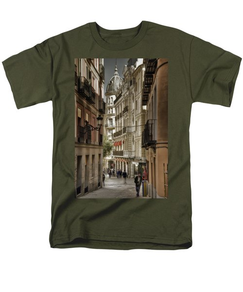 Madrid Streets Men's T-Shirt  (Regular Fit)
