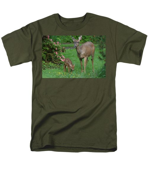 Mama Deer And Baby Bambi Men's T-Shirt  (Regular Fit) by Kym Backland