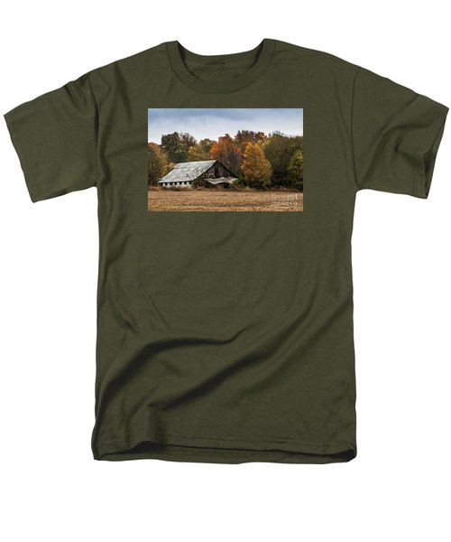 Men's T-Shirt  (Regular Fit) featuring the photograph Old Barn by Debbie Green