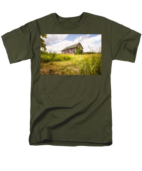 Men's T-Shirt  (Regular Fit) featuring the photograph Old Barn In Ontario County - New York State by Gary Heller