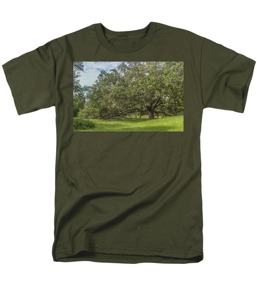 Men's T-Shirt  (Regular Fit) featuring the photograph Old Oak Tree by Jane Luxton