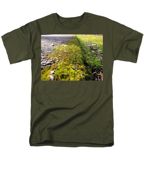 Men's T-Shirt  (Regular Fit) featuring the photograph Overtaking by Greg Simmons