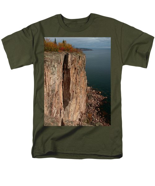 Men's T-Shirt  (Regular Fit) featuring the photograph Palisade Depths by James Peterson