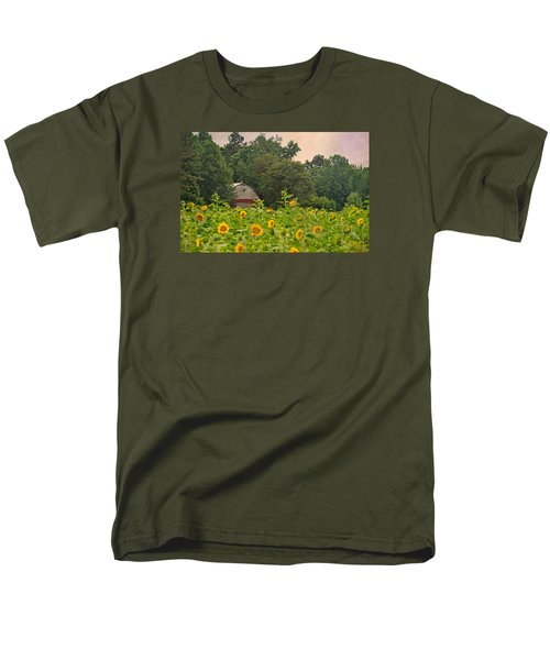 Red Barn Among The Sunflowers Men's T-Shirt  (Regular Fit) by Sandi OReilly