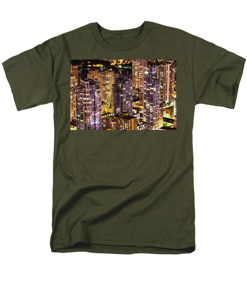 Men's T-Shirt  (Regular Fit) featuring the photograph Romance In Yaletown Mcdxxxi by Amyn Nasser