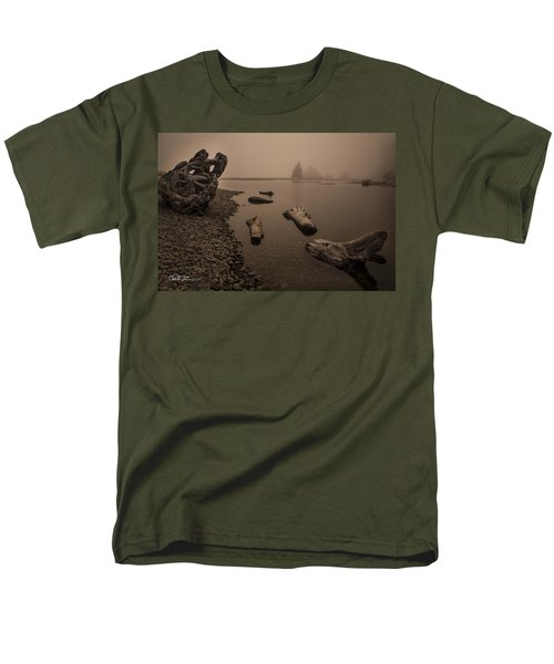 Ruby Beach Fog Men's T-Shirt  (Regular Fit)