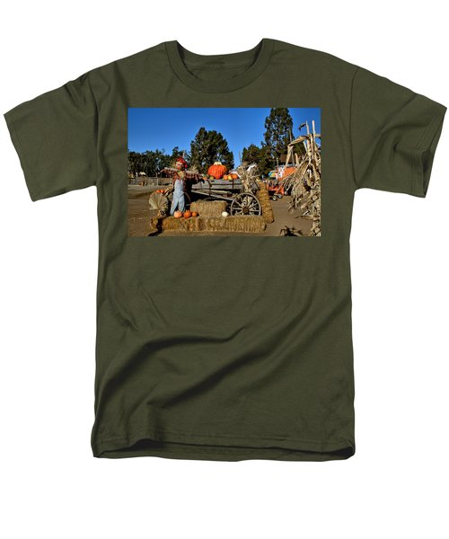 Men's T-Shirt  (Regular Fit) featuring the photograph Scare Crow by Michael Gordon
