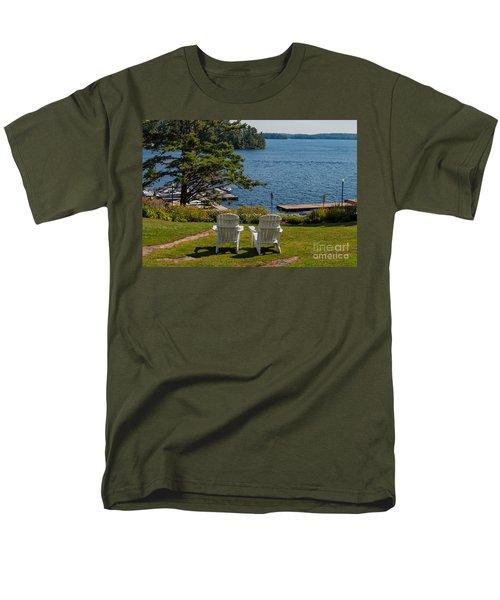 Sitting Pretty Men's T-Shirt  (Regular Fit) by Les Palenik