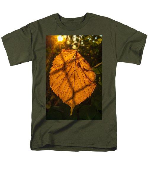 Skeleton Men's T-Shirt  (Regular Fit) by Tgchan