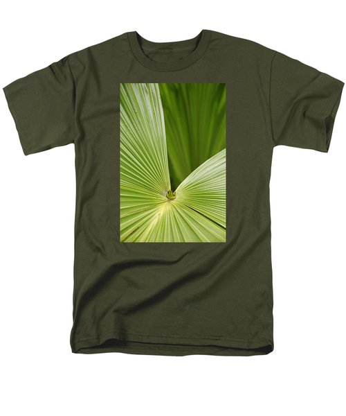 Men's T-Shirt  (Regular Fit) featuring the photograph Skc 0691 The Paths Of Palm Meeting At A Point by Sunil Kapadia