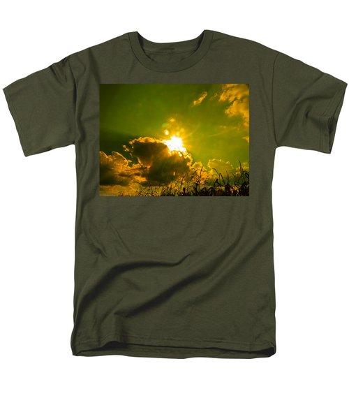 Sun Nest Men's T-Shirt  (Regular Fit) by Nick Kirby