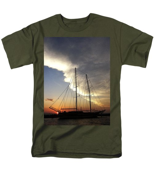 Sunset On The Turkish Gulet Men's T-Shirt  (Regular Fit)