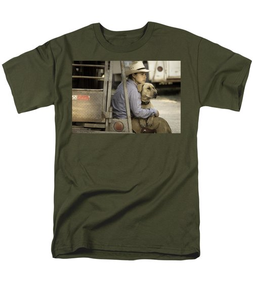 Men's T-Shirt  (Regular Fit) featuring the photograph Tailgate Friends by Steven Bateson