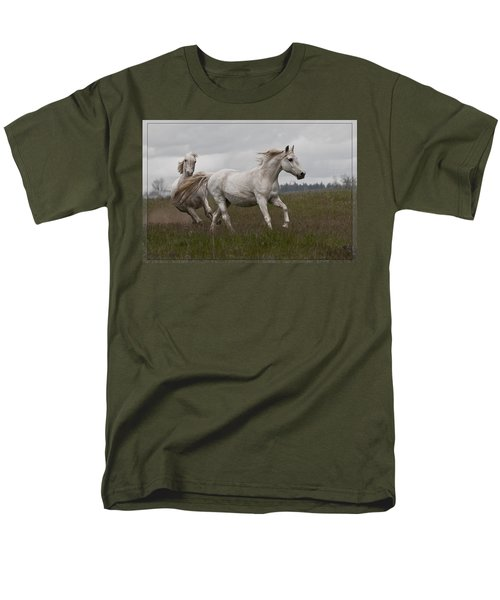 Men's T-Shirt  (Regular Fit) featuring the photograph Talegating 5924 by Wes and Dotty Weber