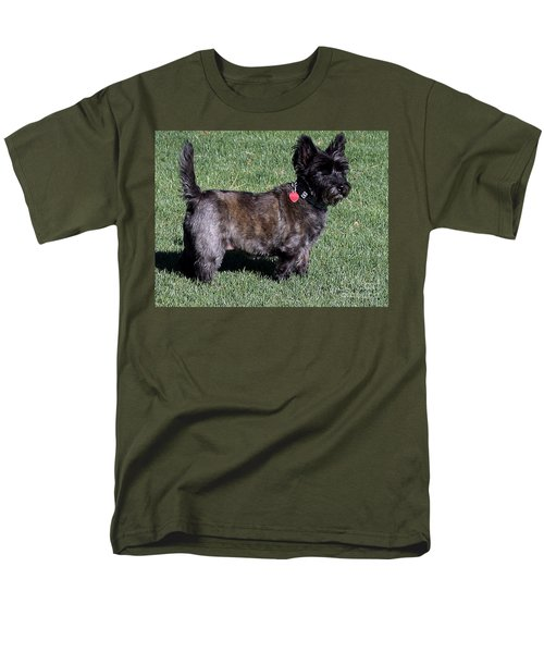 Toto's Sister Sweetpee Men's T-Shirt  (Regular Fit) by Jay Milo