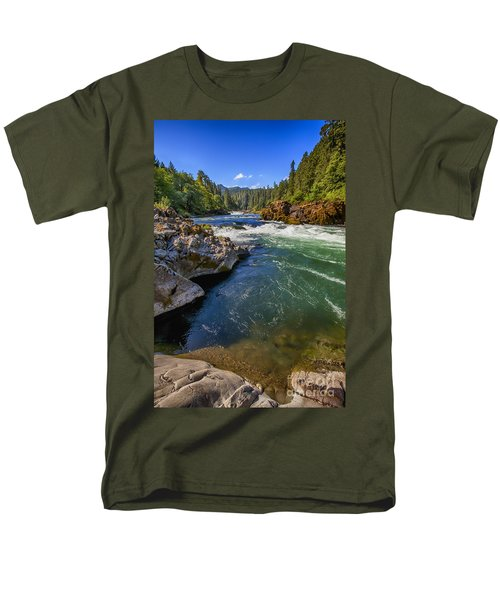 Umpqua River Men's T-Shirt  (Regular Fit) by David Millenheft
