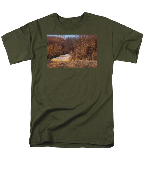 Men's T-Shirt  (Regular Fit) featuring the photograph Waiting On Spring by Joan Davis