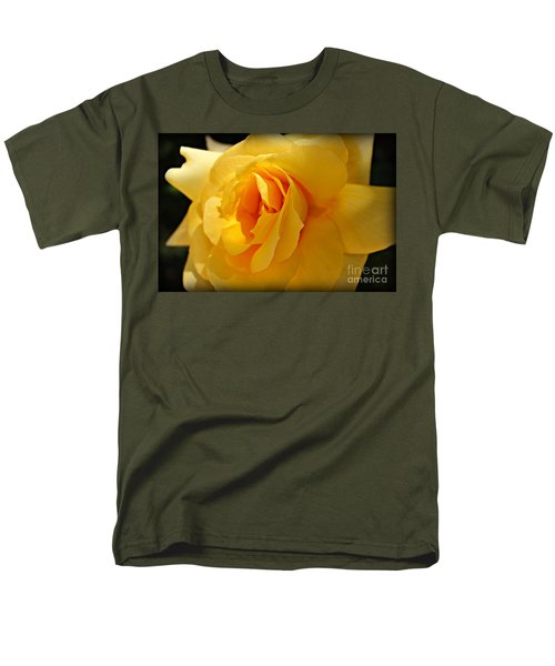 What A Stunner Men's T-Shirt  (Regular Fit) by Clare Bevan