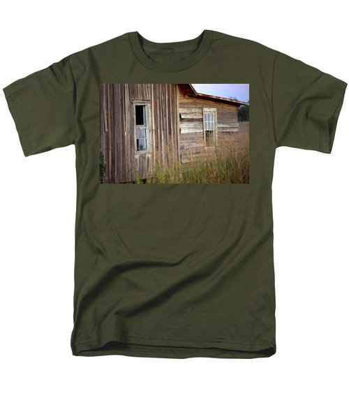 Men's T-Shirt  (Regular Fit) featuring the photograph Windows On The World by Gordon Elwell