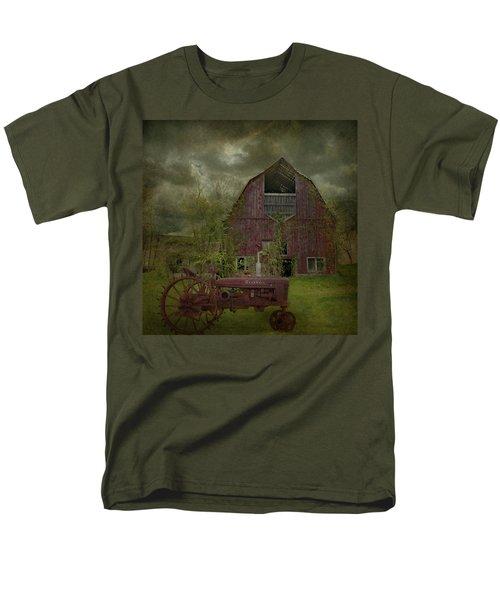Wisconsin Barn 3 Men's T-Shirt  (Regular Fit) by Jeff Burgess