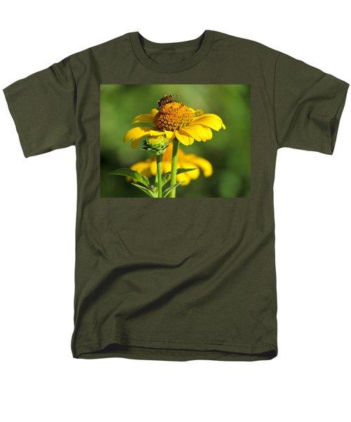 Yellow Daisy Men's T-Shirt  (Regular Fit) by David T Wilkinson