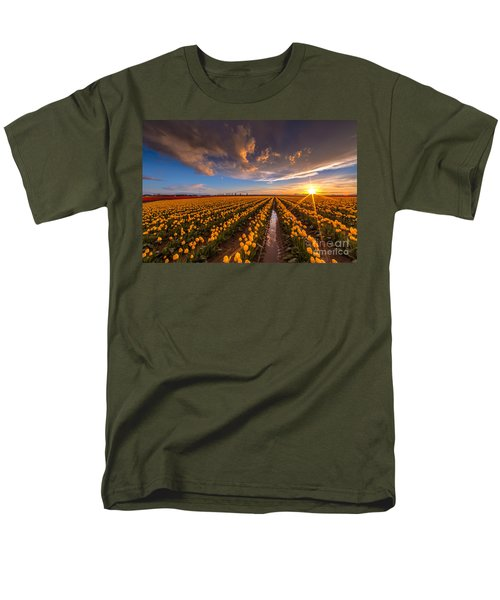 Yellow Fields And Sunset Skies Men's T-Shirt  (Regular Fit) by Mike Reid