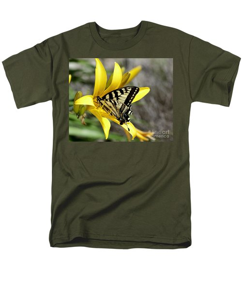 Swallowtail Yellow Lily Men's T-Shirt  (Regular Fit) by Diane E Berry