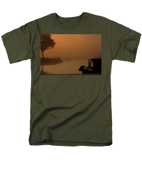Men's T-Shirt  (Regular Fit) featuring the photograph A Nice Place by Linsey Williams