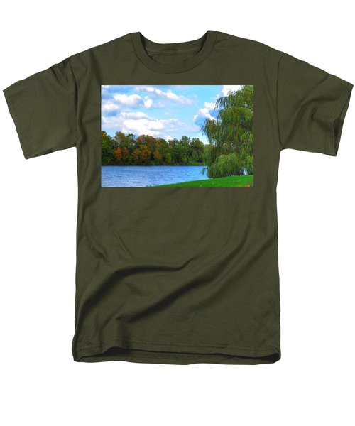 Men's T-Shirt  (Regular Fit) featuring the photograph Autumn At Hoyt Lake by Michael Frank Jr