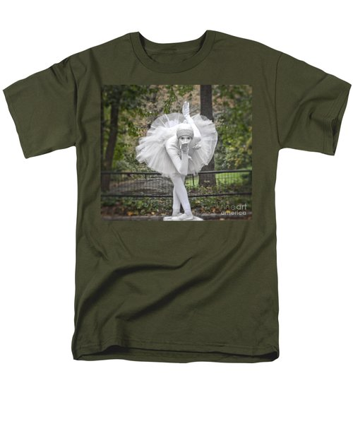 Ballerina In The Park Men's T-Shirt  (Regular Fit)