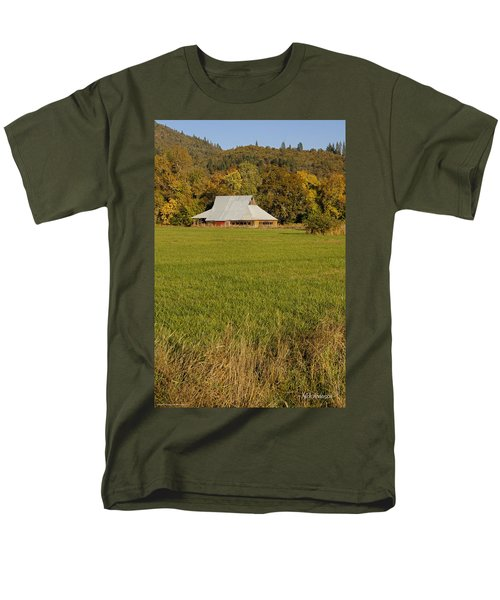 Men's T-Shirt  (Regular Fit) featuring the photograph Barn Near Murphy by Mick Anderson