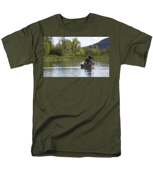 Men's T-Shirt  (Regular Fit) featuring the photograph Gotcha by Nina Prommer