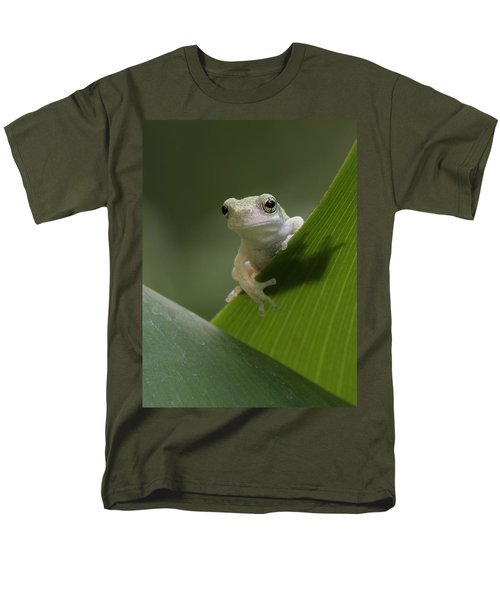 Men's T-Shirt  (Regular Fit) featuring the photograph Juvenile Grey Treefrog by Daniel Reed