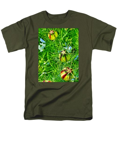 Men's T-Shirt  (Regular Fit) featuring the photograph Love In A Mist by Steve Taylor