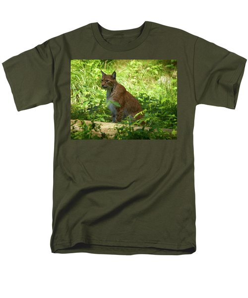 Lynx Men's T-Shirt  (Regular Fit) by Jouko Lehto