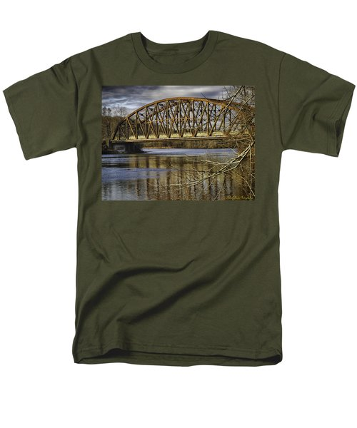 Old Iron Bridge Men's T-Shirt  (Regular Fit) by Fran Gallogly