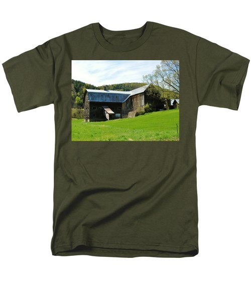 Men's T-Shirt  (Regular Fit) featuring the photograph Old Vermont Barn by Sherman Perry